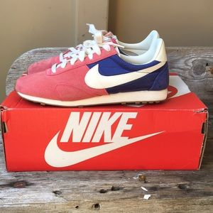 Nike Shoes - Nike Pre Montreal Racer